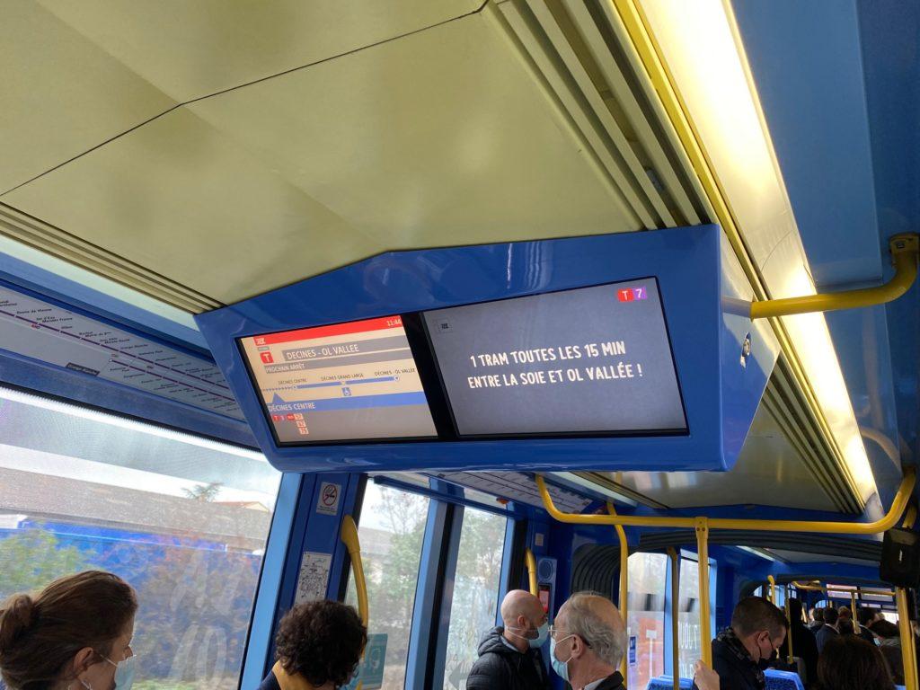 Tramway, Signalisation Lumineuse Tricolore, T7, Paris, Délais d'approche intelligent, Carrefours à feux, circulation, priorité, transports urbains, transports en commun,
