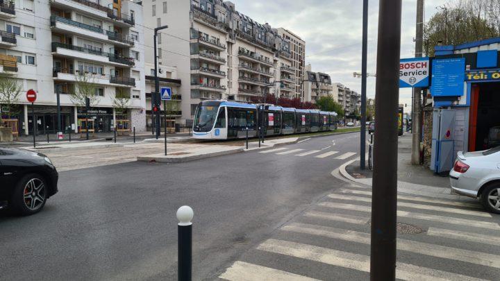 Tramway T9 Paris Orly